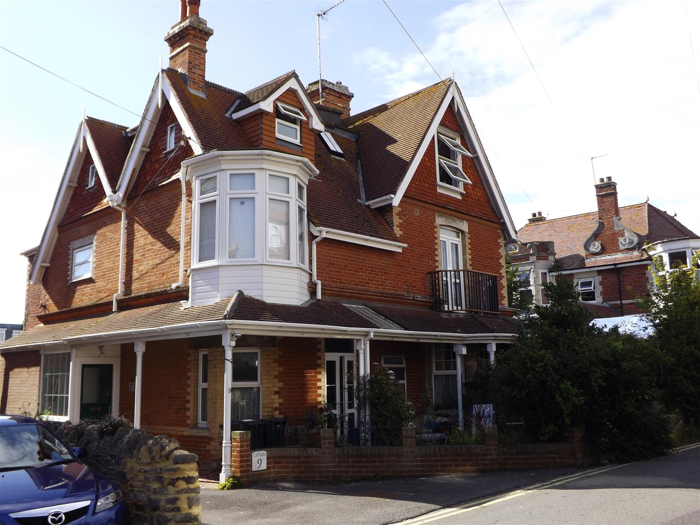 2 Bedrooms Flat for sale in Ulwell Road, Swanage